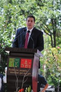Isaac Mendarózqueta  Buenfil, presidente municipal de Papalotla durante su mensaje por el 187 aniversario de la erección de esta entidad.
