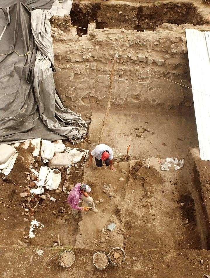 El segundo hallazgo es un gran depósito de cerámica denominado Ofrenda D1, que posiblemente sean los restos de un gran festejo.Foto Revista Arqueología Mexicana