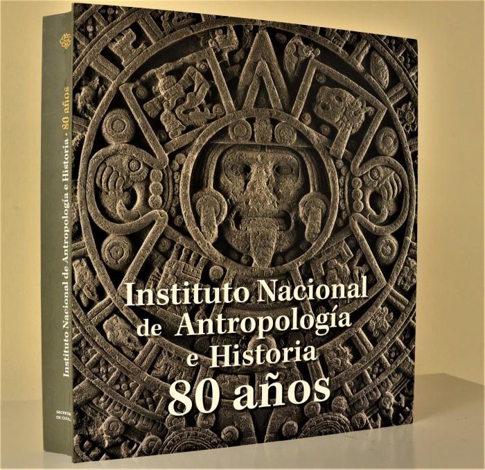 Presentación Editorial 80 años INAH, en el Museo Regional Cuauhnáhuac, Palacio de Cortés. Foto Melitón Tapia. INAH (3)