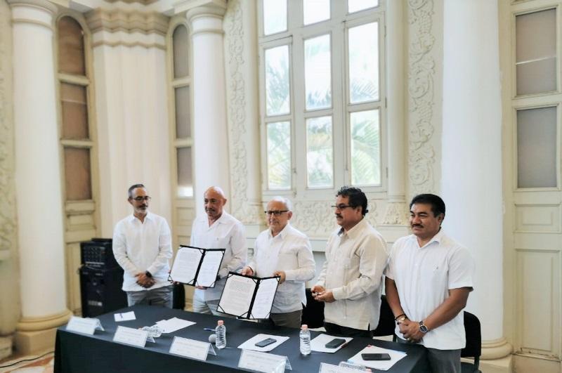A través de un convenio, el INAH y la UADY se comprometen con el patrimonio cultural de Yucatán. Foto Centro INAH-Yucatán (1)